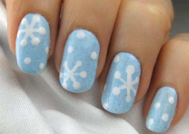 Μανικιούρ χιονονιφάδες