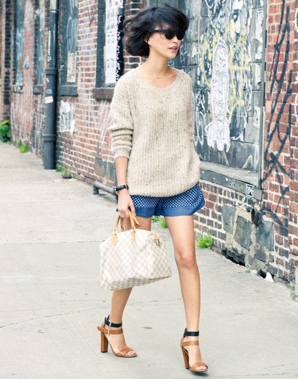 8 στυλιστικά tips για να φορέσετε φαρδιά ρούχα (3)