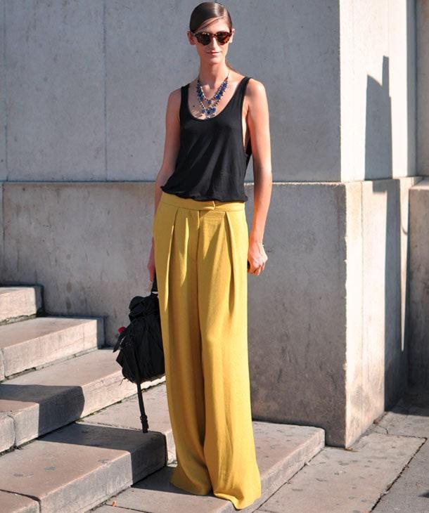 8 στυλιστικά tips για να φορέσετε φαρδιά ρούχα (8)