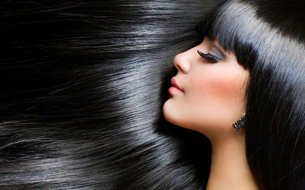 Πως θα διώξετε την άσχημη μυρωδιά από τα μαλλιά σας
