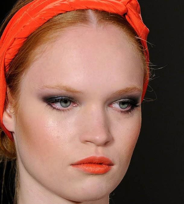 Τρόποι να ενσωματώσετε το κοραλί στο μακιγιάζ σας (2)
