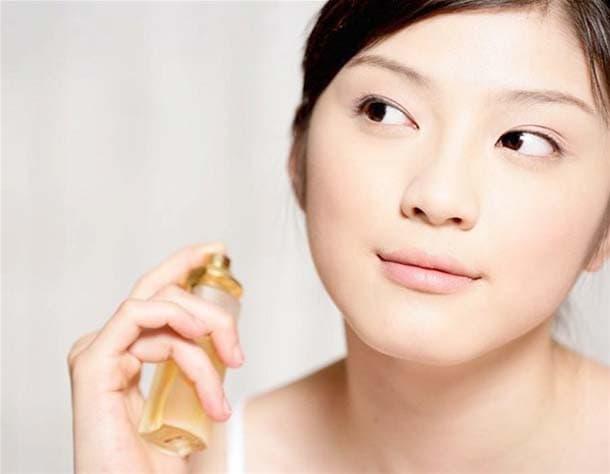 Μυστικά ομορφιάς για να δείχνεις 10 χρόνια νεότερη (3)