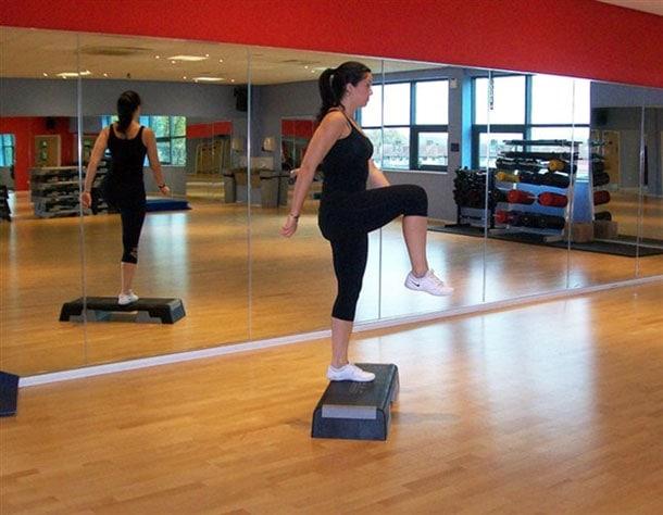 Ασκήσεις για τέλεια οπίσθια (6)