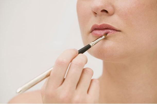 7 tips για να αντέξει περισσότερο το μακιγιάζ σας (6)