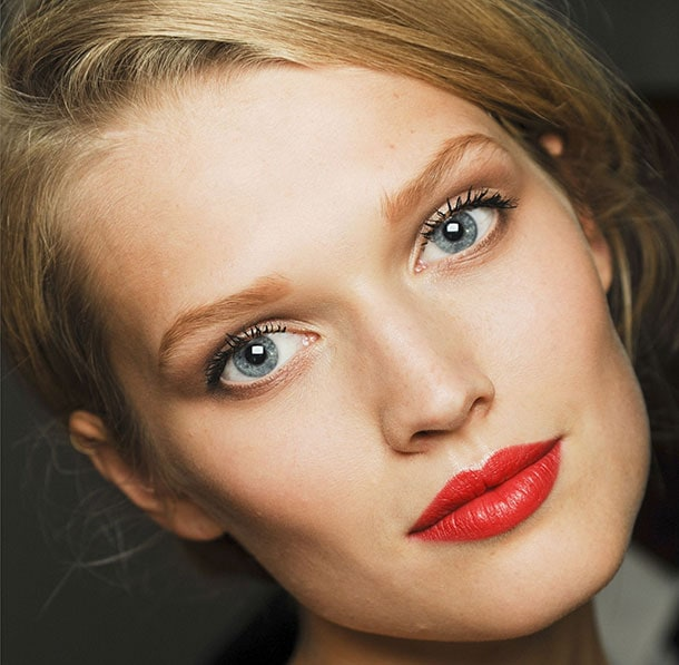 7 tips για να αντέξει περισσότερο το μακιγιάζ σας (8)