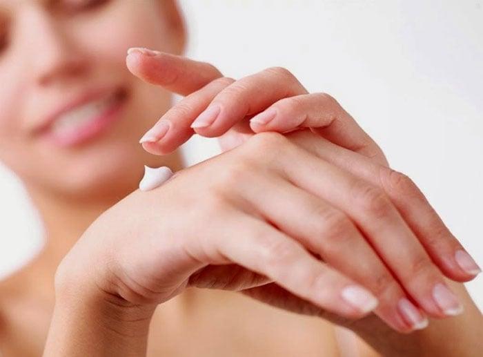 Tips για σούπερ μαλακά χέρια (4)
