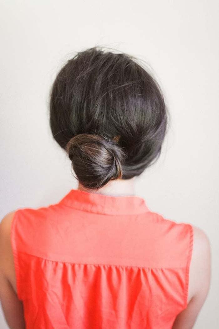Υπέροχα χτενίσματα για μακριά μαλλιά που μπορείτε να κάνετε μόνη σας! (15)
