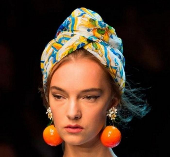 Εκπληκτικοί τρόποι για να δέσετε ένα μαντήλι στα μαλλιά (2)