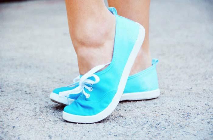 Τρόποι για να μεταμορφώσετε τα βαρετά σας παπούτσια (9)