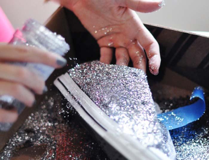 Τρόποι για να μεταμορφώσετε τα βαρετά σας παπούτσια (14)