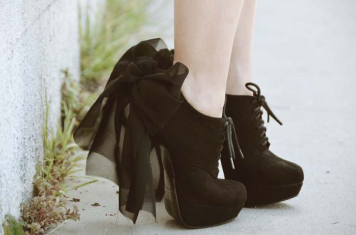 Τρόποι για να μεταμορφώσετε τα βαρετά σας παπούτσια (17)