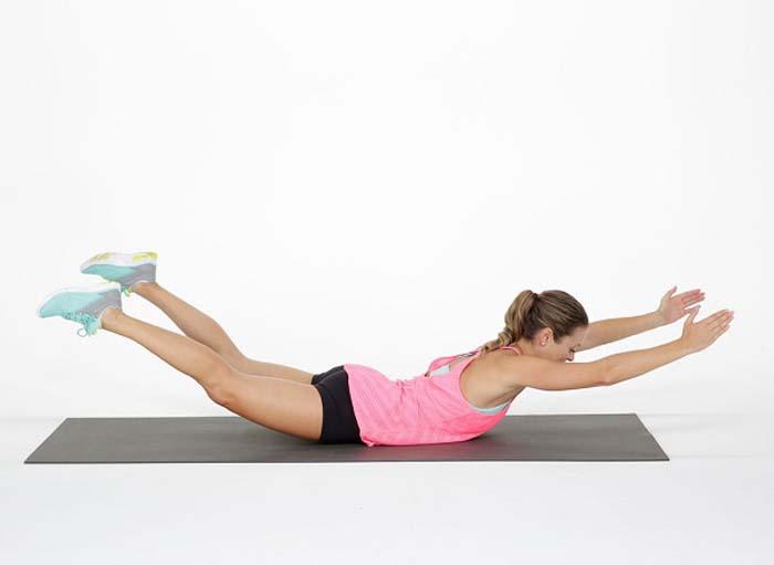 Κινήσεις για να τονώσετε τους γλουτούς και τα πόδια (5)