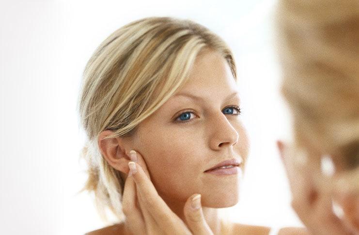 5 εύκολες μάσκες προσώπου που αναζωογονούν την επιδερμίδα σας κατά την διάρκεια της νύχτας (1)