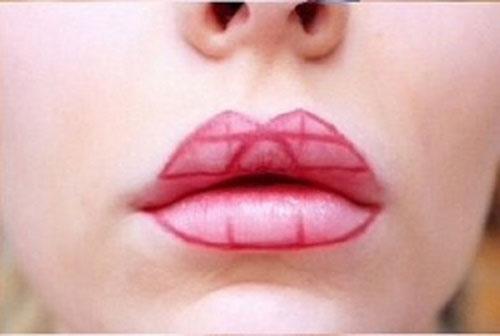 Απλό τρικ για τέλειο σχήμα κραγιόν στα χείλη (5)