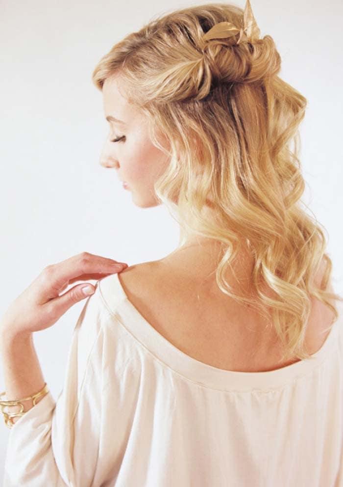 Εκπληκτικά χτενίσματα για μαλλιά μεσαίου μήκους (14)