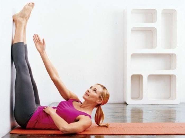 Ασκήσεις στις οποίες πρέπει απλά να μείνετε ακίνητη (4)