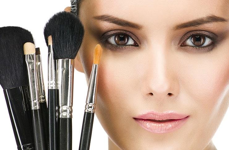 Κανόνες μακιγιάζ που αποδείχθηκαν μύθοι (1)