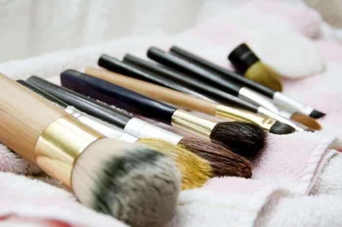 Κανόνες μακιγιάζ που αποδείχθηκαν μύθοι (7)
