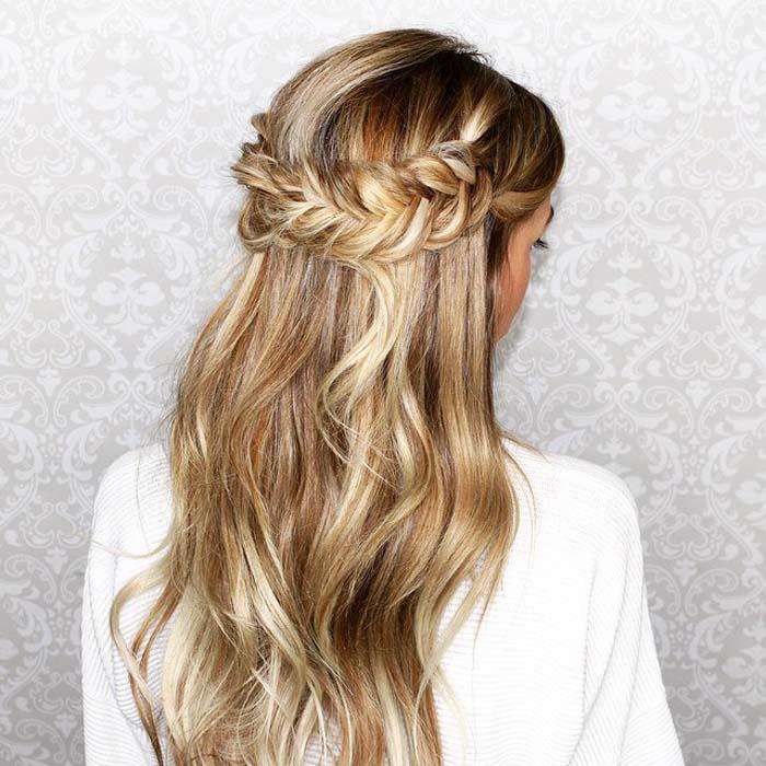 Χτενίσματα για μακριά μαλλιά που θα θέλετε να δοκιμάσετε αμέσως (3)