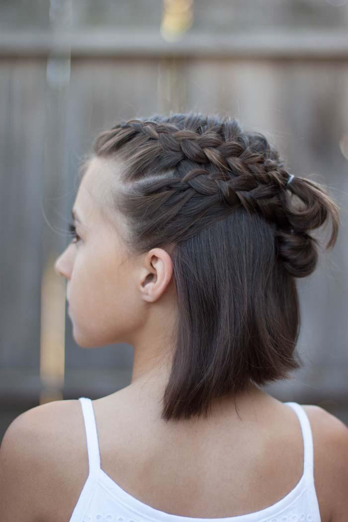 Χτενίσματα με πλεξούδες για κοντά μαλλιά (24)