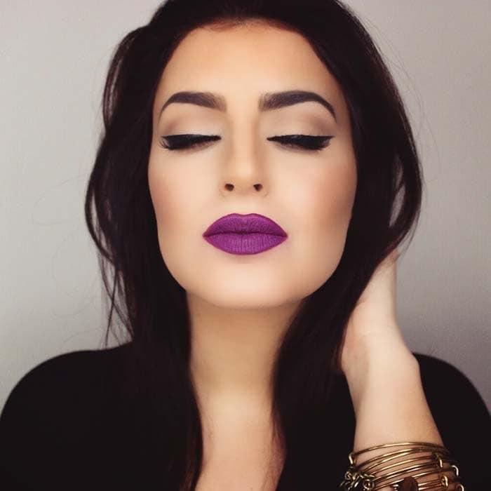 Μακιγιάζ με μωβ χείλη (17)