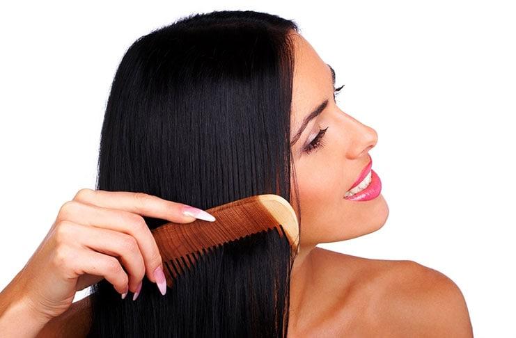 Ποιος είναι ο σωστός τρόπος χτενίσματος των μαλλιών;