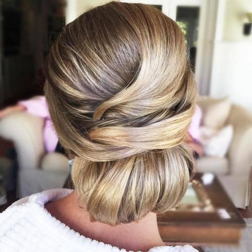 Σαγηνευτικά χτενίσματα για ίσια μαλλιά που θα σας κάνουν να ξεχωρίσετε (4)