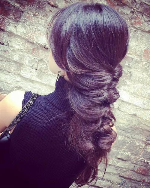 Σαγηνευτικά χτενίσματα για ίσια μαλλιά που θα σας κάνουν να ξεχωρίσετε (25)