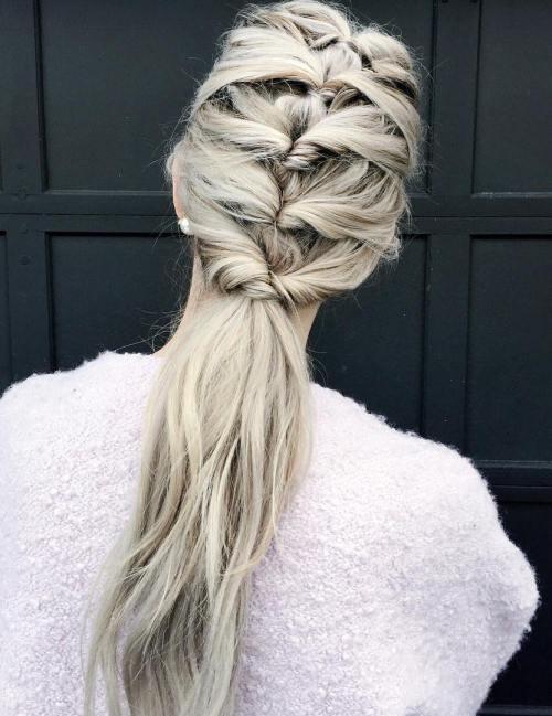 Σαγηνευτικά χτενίσματα για ίσια μαλλιά που θα σας κάνουν να ξεχωρίσετε (13)