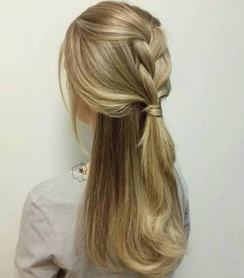 Σαγηνευτικά χτενίσματα για ίσια μαλλιά που θα σας κάνουν να ξεχωρίσετε (15)