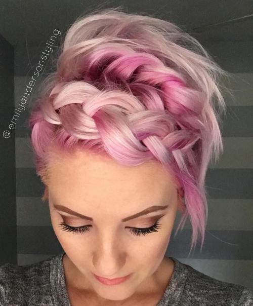 Σαγηνευτικά χτενίσματα για ίσια μαλλιά που θα σας κάνουν να ξεχωρίσετε (17)