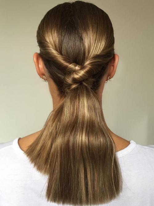 Σαγηνευτικά χτενίσματα για ίσια μαλλιά που θα σας κάνουν να ξεχωρίσετε (20)