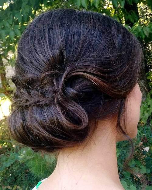 Σαγηνευτικά χτενίσματα για ίσια μαλλιά που θα σας κάνουν να ξεχωρίσετε (32)