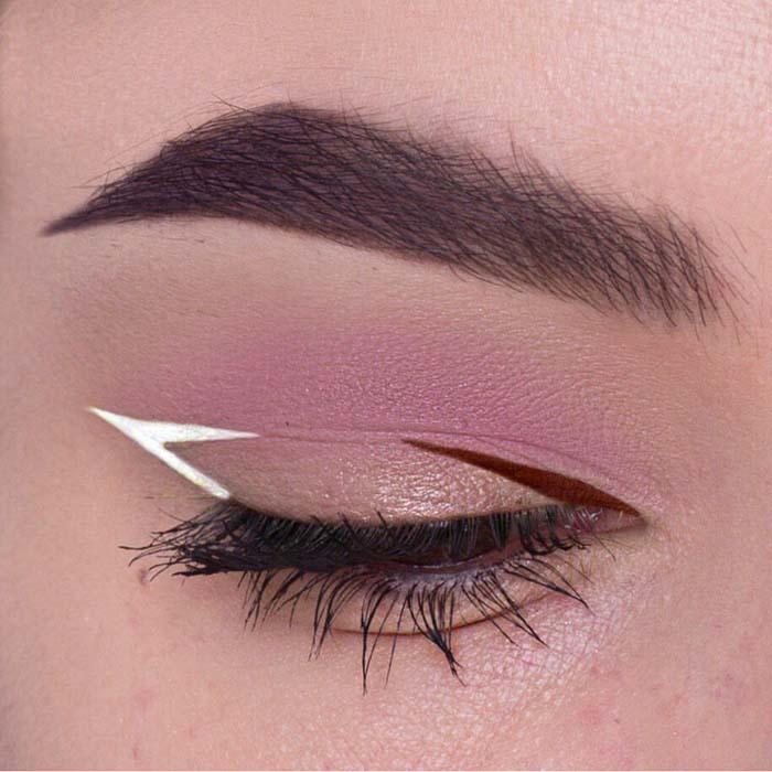 Negative space eyeliner (5)