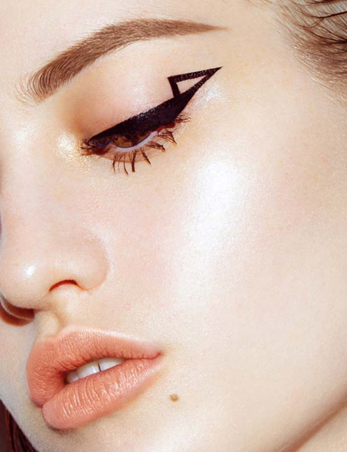 Negative space eyeliner (6)