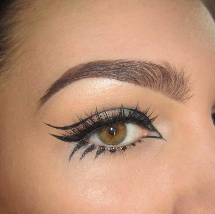 Negative space eyeliner (13)