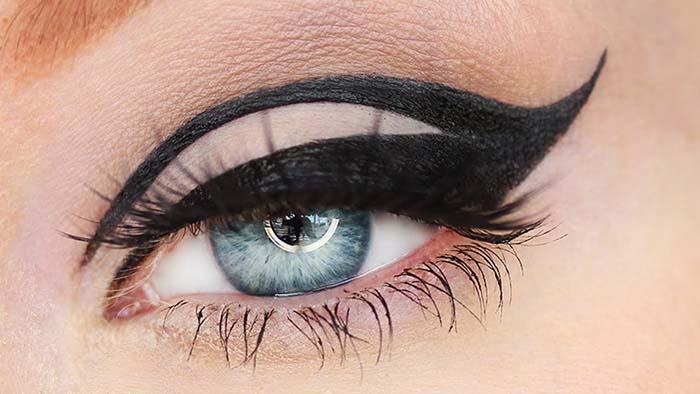 Negative space eyeliner (15)