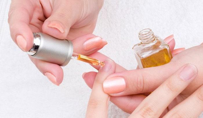 Αφαίρεση gel μανικιούρ στο σπίτι (5)