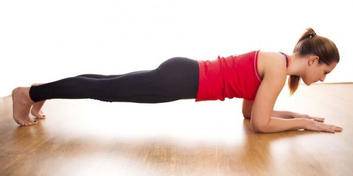 Απλές ασκήσεις για να μεταμορφώσετε το σώμα σας σε 4 μόλις εβδομάδες (2)