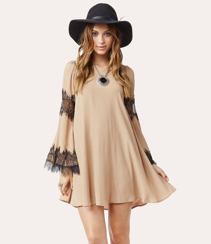 Ιδέες για να φορέσετε μανίκια καμπάνα (8)
