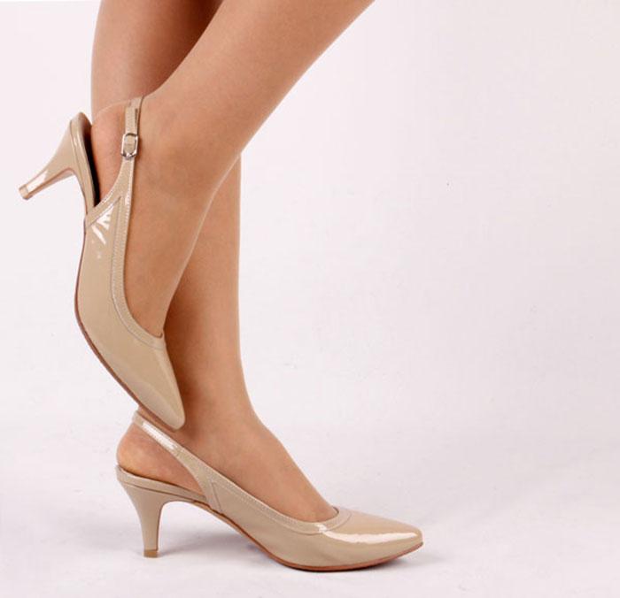 Slingbacks: Μια από τις κορυφαίες τάσεις στα παπούτσια για την Άνοιξη (8)