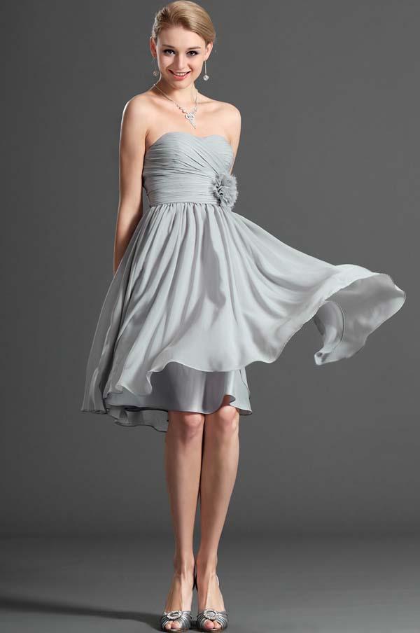 Cocktail dress: 15+1 υπέροχες προτάσεις με φορέματα για γάμο και όχι μόνο (17)