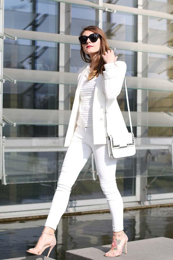 Total white looks: 15+1 υπέροχα σύνολα για εντυπωσιακές εμφανίσεις (4)