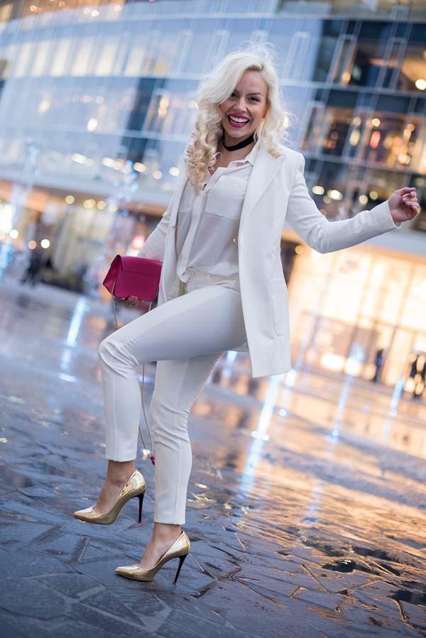 Total white looks: 15+1 υπέροχα σύνολα για εντυπωσιακές εμφανίσεις (13)