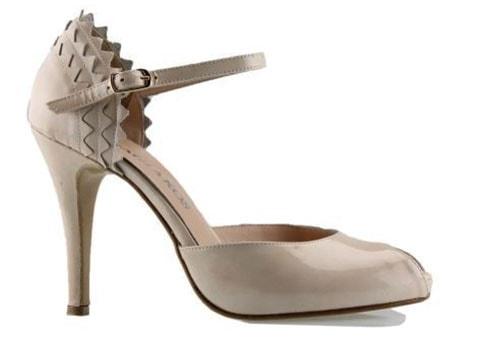 Παπούτσια με λουράκι στον αστράγαλο (4)