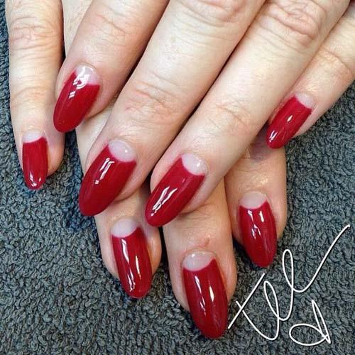 Half moon nails: Το ανάποδο γαλλικό μανικιούρ (2)