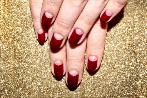 Half moon nails: Το ανάποδο γαλλικό μανικιούρ (47)