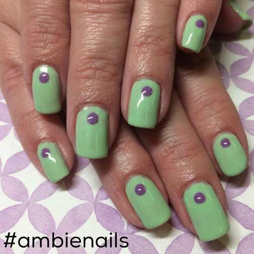 Minimal dot nails: Το πανεύκολο κορυφαίο trend στα νύχια (6)