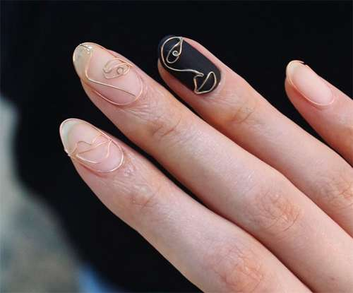 Wire nails (4)