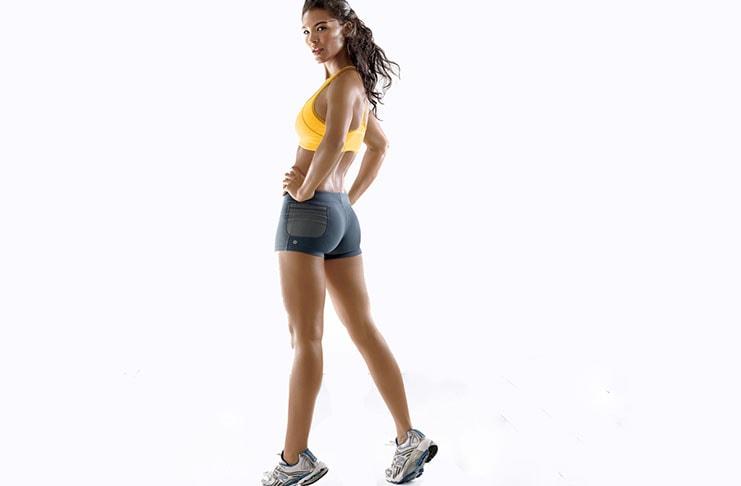 12 ασκήσεις για να συσφίξετε τα οπίσθια και τα πόδια σας σε 1 εβδομάδα